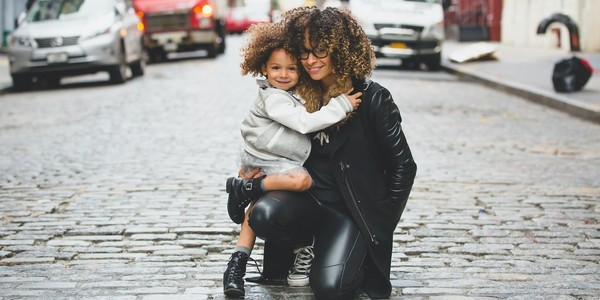 The Best Amazon Fall Fashion Picks For Moms