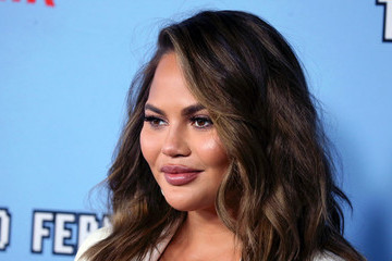 Chrissy Teigen Answered Fan Questions On Twitter And We Couldn't Love Her More!