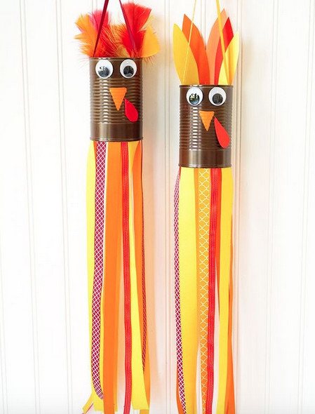 Make turkey windsocks