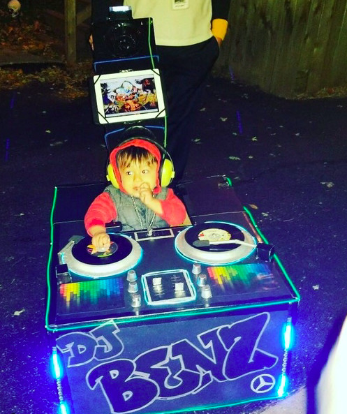 Dj Halloween Costume Ideas.Halloween Costumes You Won T Believe Parents Approved For Their Kids Mabel Moxie